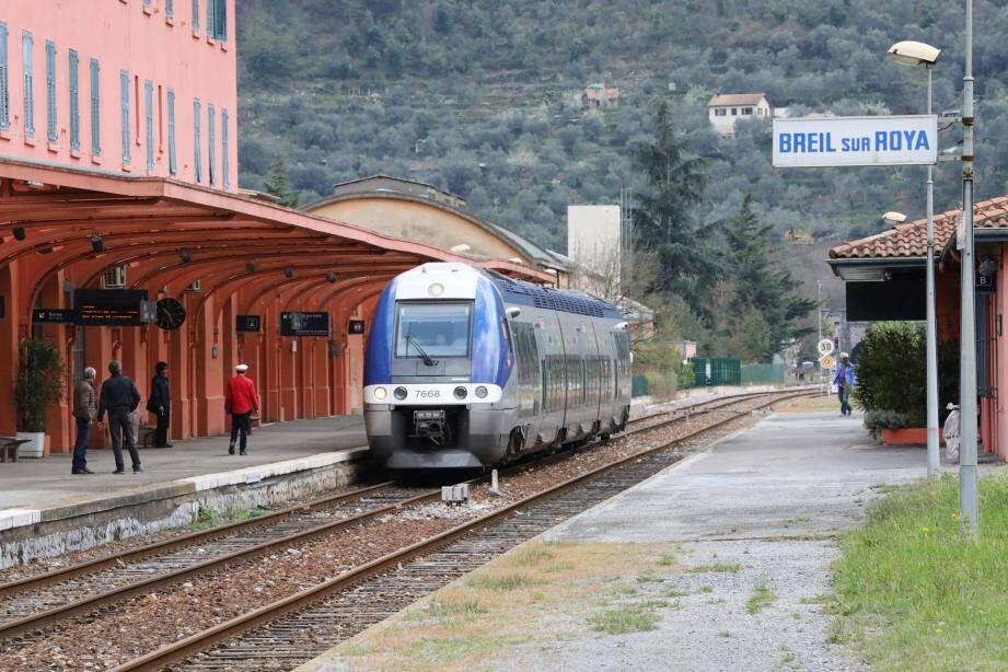 A partir de lundi, les horaires de la ligne Nice-Breil changent en raison de travaux de sécurisation et, puisque le temps de trajet est rallongé, pour s'adapter aux besoins des usagers.