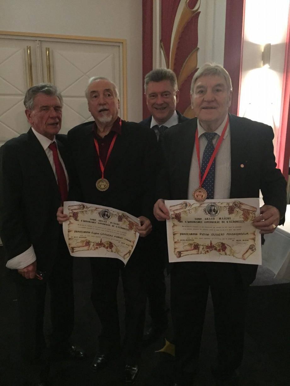 Eugène Garnero-Morena et Pierre Oliviero ont été intronisés par le président Henry Baudet.(DR)