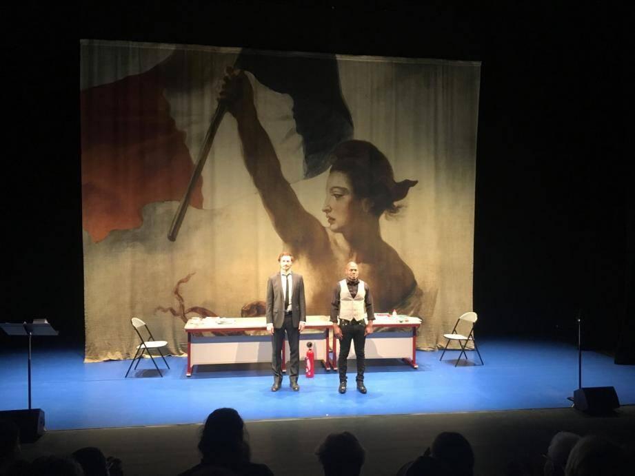 La salle de l'espace culturel et sportif du Val de Siagne était comble pour les deux représentations de la pièce A vif programmée par le Théâtre de Grasse.