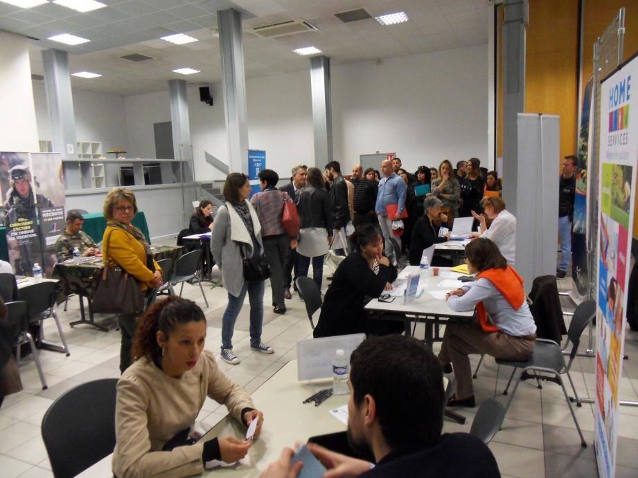 Pour cette 4e édition du forum de l'emploi multisectorial, plus de 800 postes seront proposés aux demandeurs d'emploi .(Photdoc Var-matin)