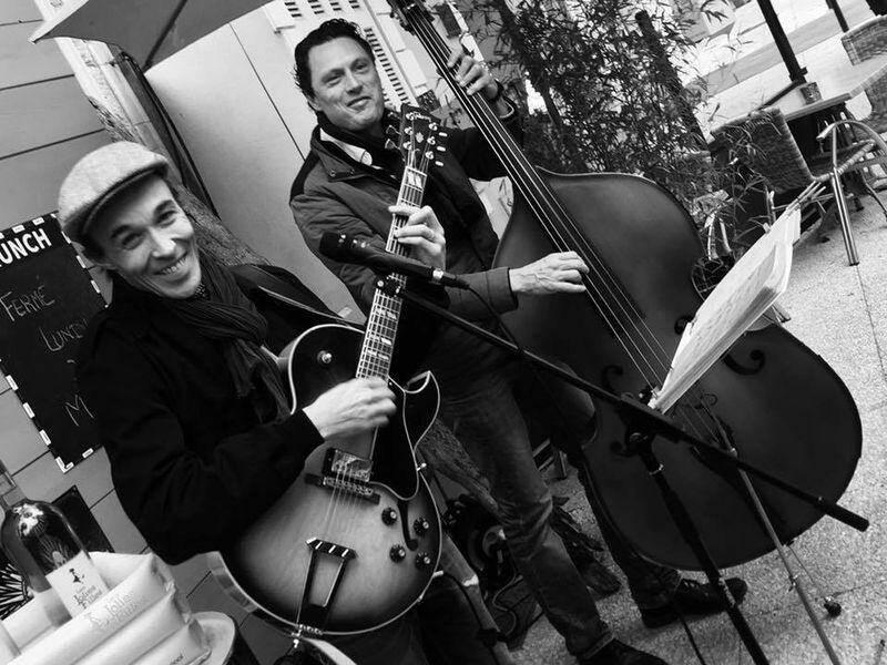 Le Duo du haut lancera la soirée au théâtre Denis, dès 20 heures ce samedi.
