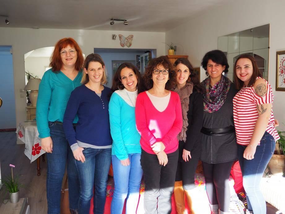 Catherine Berzolla (au centre) est entourée de beaucoup de sourires et de confiance.