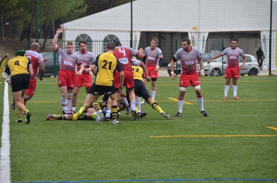 Bruno Collomb (le bras en l'air) a été sélection en équipe de France universitaire.(DR)