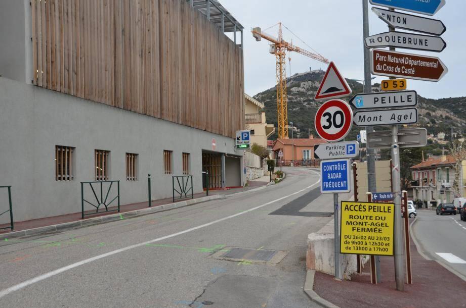 Les travaux route du Mont-Agel vont empêcher les déplacements en semaine et en journée pour les habitants de Peille, de Saint-Martin de Peille, l'accès au golf du Mont Agel…
