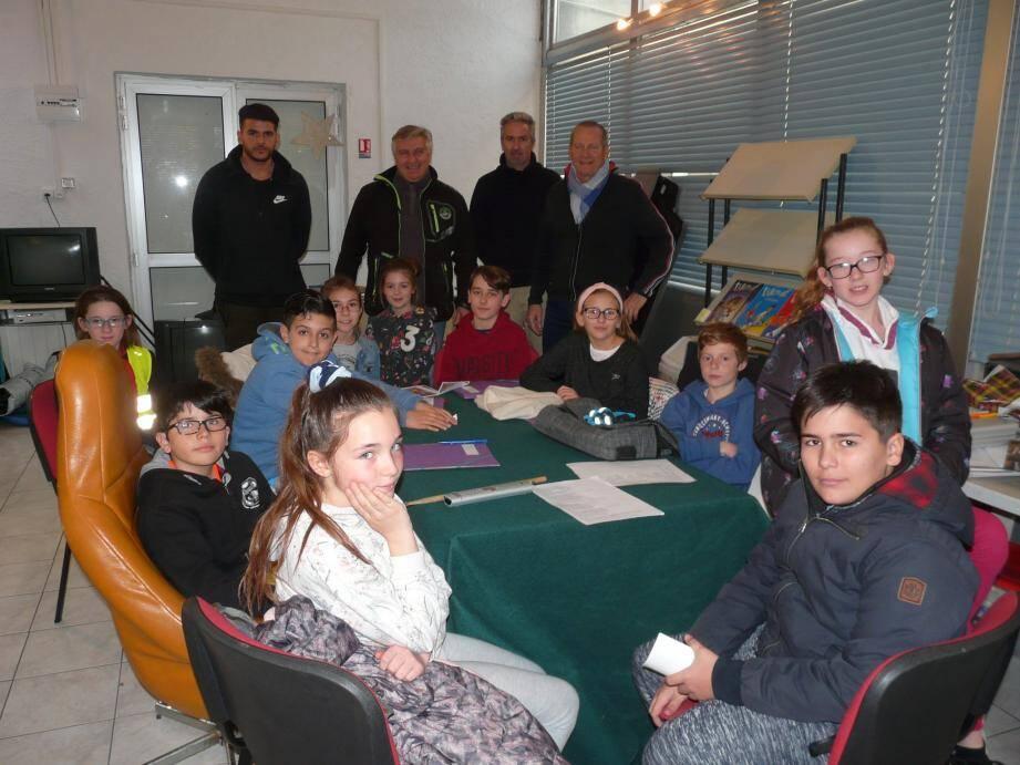 Les enfants du conseil municipal des jeunes étaient invités par le comité des fêtes à une réunion de travail sur la com' du prochain carnaval.