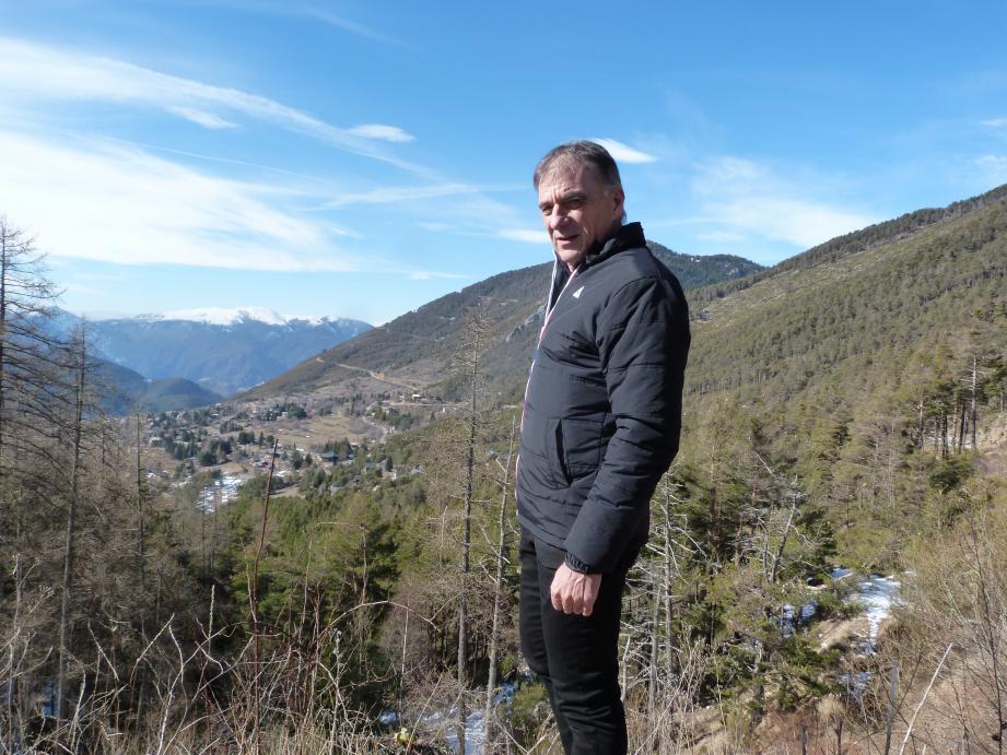 Derniers repérages pour François Lemarchand, le directeur de la course, la semaine dernière au sommet de La Colmiane.