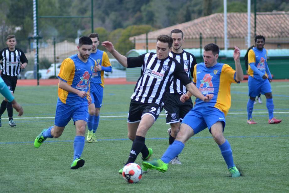 Les footballeurs dracénois ont rempli leur contrat face à Gardanne-Biver.