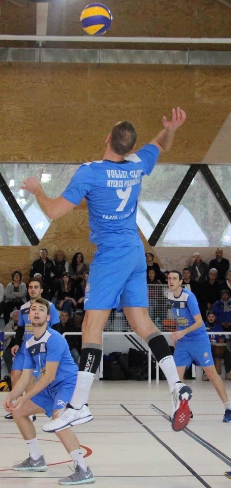 L'équipe de nationale 2 du VCHP n'a laissé aucune chance à Arles.