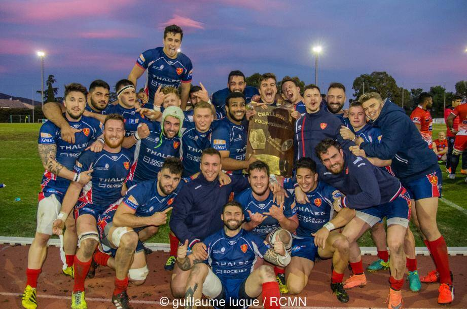 Le Rugby club Marine nationale lors de sa victoire devant son homologue de l'armée de terre lors du challenge Foch Renard à Hyères, le 11 novembre dernier.