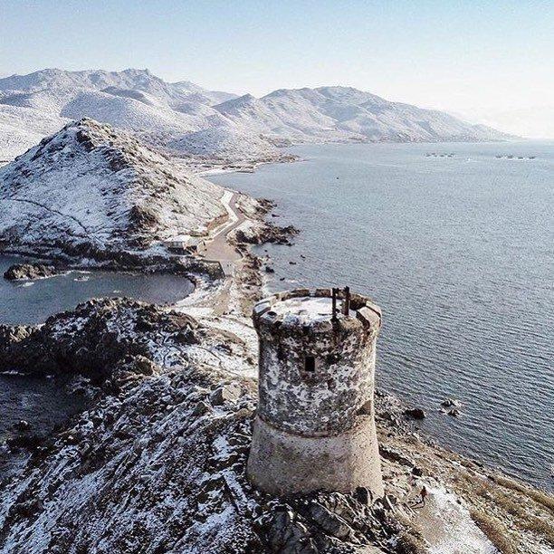 La presqu'île des Sanguinaires sous la neige.
