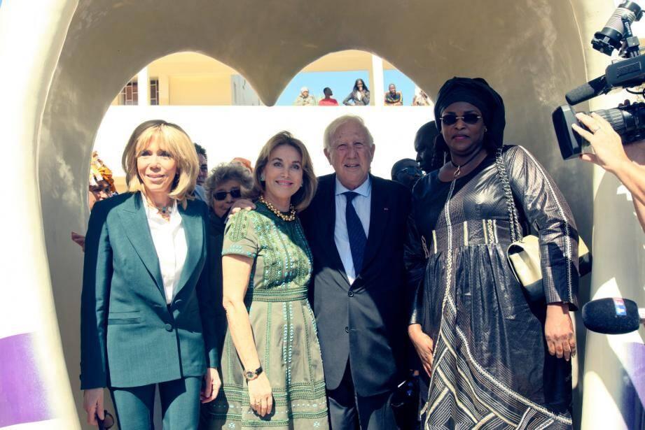 Brigitte Macron a inauguré le centre cardio pédiatrique Cuomo à Dakar.