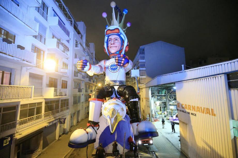 La star du carnaval Monsieur Le Roi del'Espace.