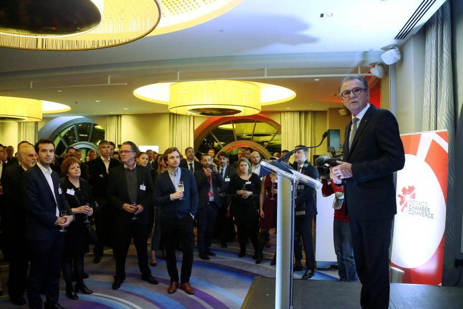 Le président Michel Dotta  a exposé aux 300 adhérents présents le programme 2018 du MEB.