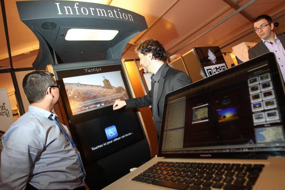 Alliant tourisme et Internet, le salon Voyage en multimédia à Saint-Raphaël prend un peu plus d'ampleur chaque année.