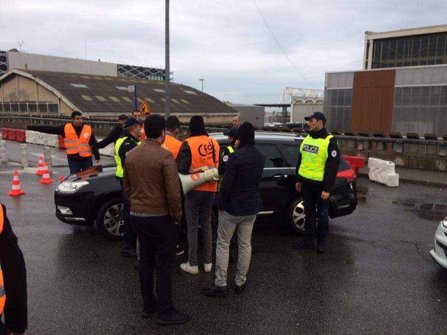 À Nice, entre 150 et 200 chauffeurs VTC étaient mobilisés.