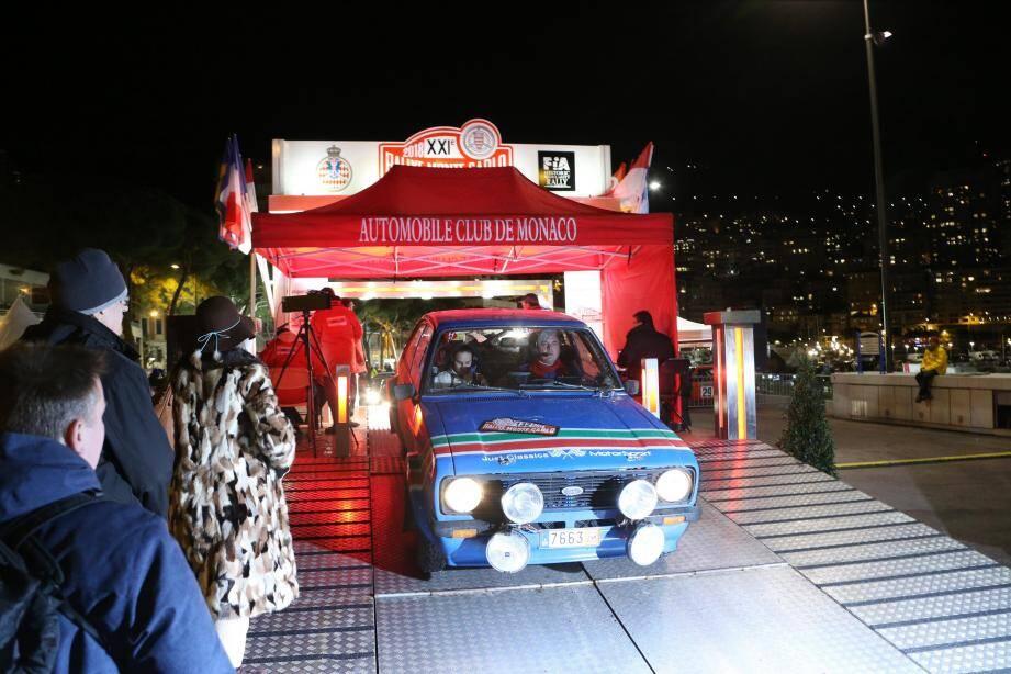 Départ pour le Col de Turini du XXIè Rallye Historique depuis le  Quai Albert Ier