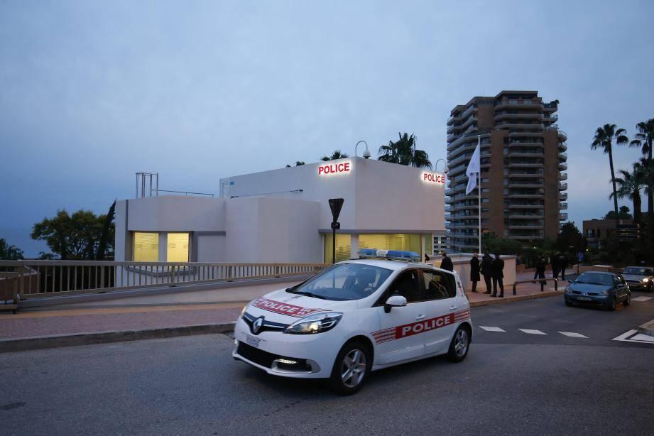 Ce nouveau poste de police est installé... sur le toit d'un immeuble.