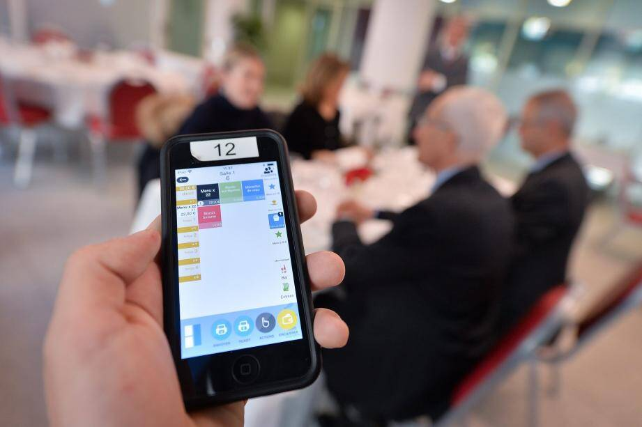 Un appareil simple d'utilisation pour un service digne du restaurant « Le Cordon d'Or ».