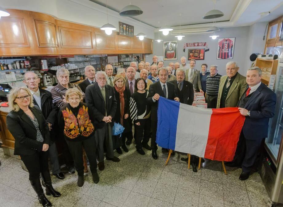 Au 199 Café, les anciens combattants ont partagé un repas  convivial avec les élus roquebrunois.