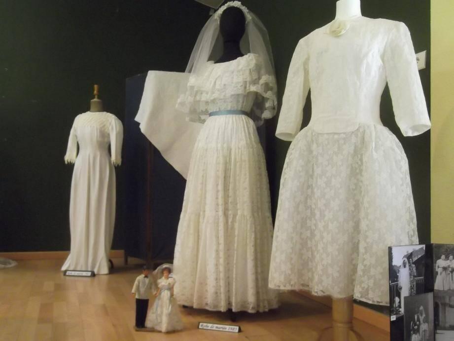 Costumes et couture à l'honneur.