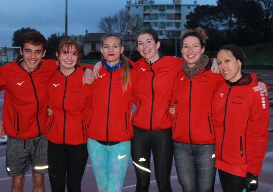 Thomas Zaïd, Cédrine Boutreau, Léa Gallerand, Léa Quiniou, Marina Le Dimet et Magali Isti-Laurent, fiers de leur sélection.