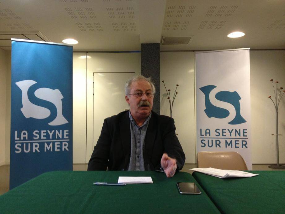 """« Très inquiet » du retrait de la Région, qui a décidé de ne plus financer les actions relevant de la """"politique de la ville"""", Marc Vuillemot va parvenir à un compromis avec Renaud Muselier."""