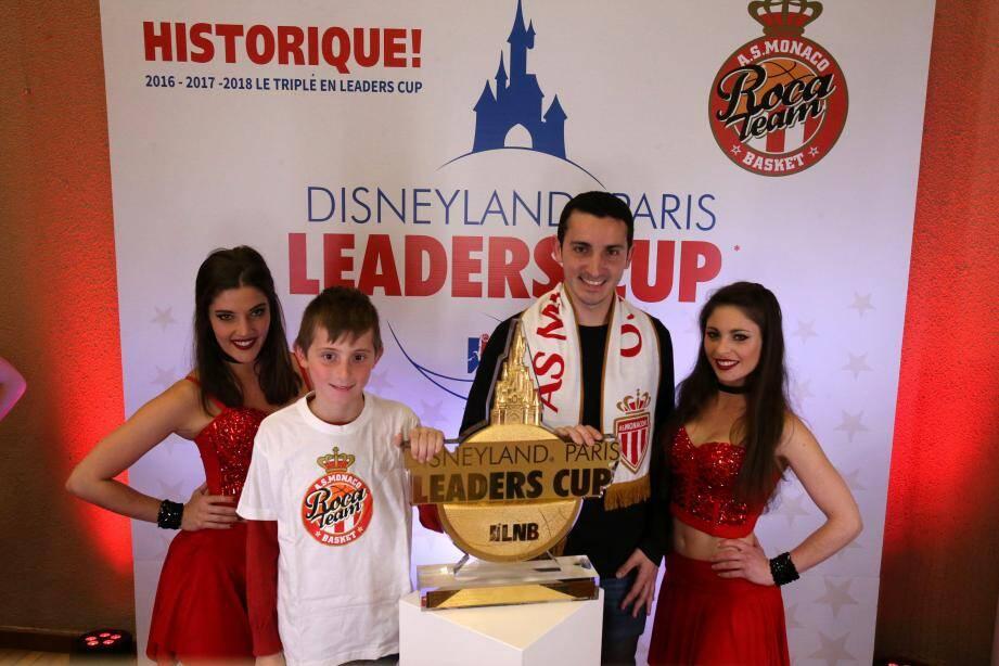 La Leaders Cup a été présentée aux supporters.