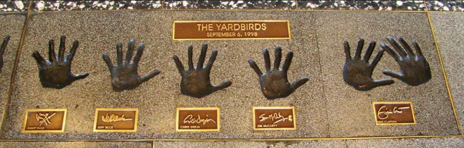 Même Françoise Hardy a chanté pour les Yardbirds ? Non, juste une émission TV commune dans les années 60.