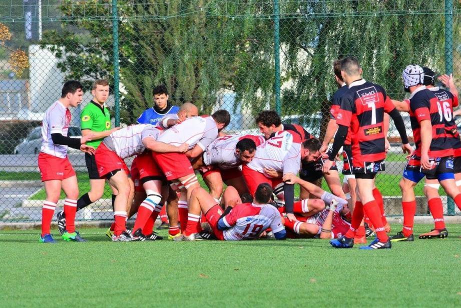 La délocalisation du match à Nice n'a pas gêné des Monégasques décomplexés qui ont surclassé Le Beausset (67-0), dimanche.