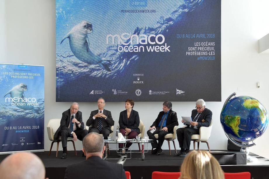 La Fondation Prince Albert II, le Musée océanographique, le gouvernement, le Centre scientifique et le Yacht-Club sont tous unis pour l'organisation de cette deuxième édition de la « Monaco Ocean Week ».