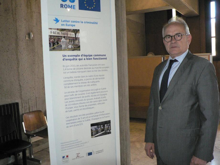 Ivan Auriel, le procureur de la République de Draguignan, estime que cette exposition « fait mieux comprendre le mécanisme de l'Europe en matière de droit notamment ».