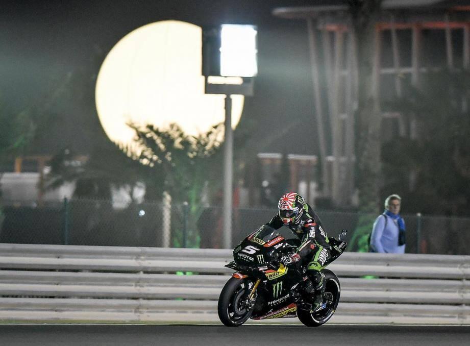Johann Zarco le Cannois et la Yamaha varoise du team Tech3 redémarrent en trombe dans la fournaise du Qatar. Reste maintenant à convertir la pole en victoire...