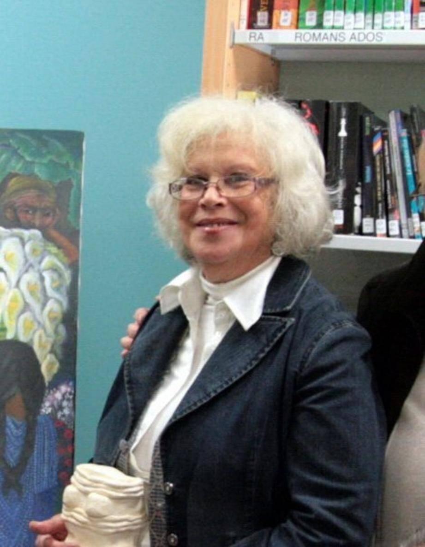 Liliane Kern à la médiathèque.