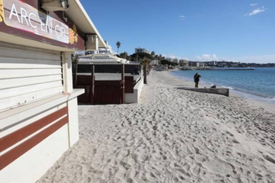 Hier, Didier Sabroux qui présidait le tribunal administratif de Nice, a été ferme : il n'y aura pas de nouvelle saison pour les exploitants « résistants » des plages du Lutetia.