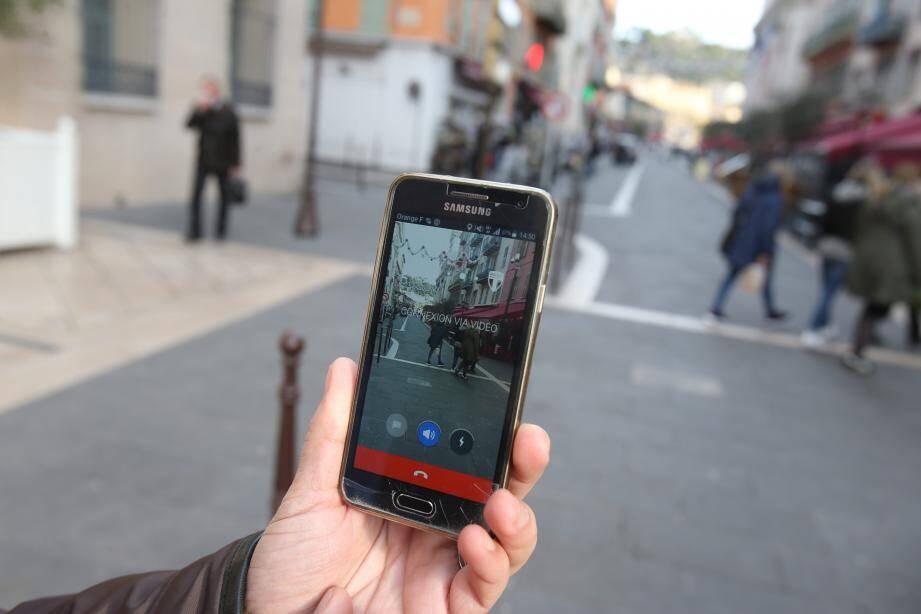 Depuis la mi-janvier, la ville de Nice testait l'application développée en Israël par la start-up de l'ancien Premier ministre Ehud Barak.