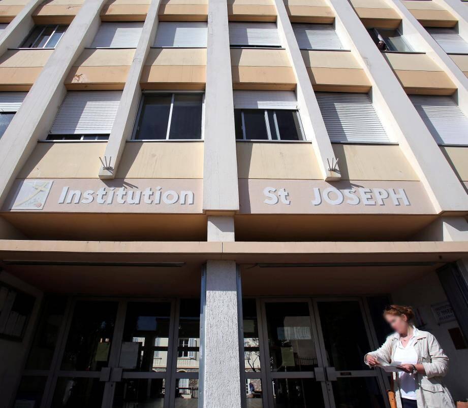 À Roquebrune-Cap-Martin, l'Institution Saint-Joseph se classe à la première place des lycées privés sous contrat du département avec 100 % de réussite au bac en 2017.(Archive photo Cyril Dodergny)