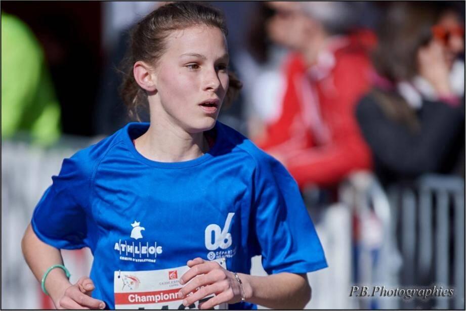 Emma Moura, vice-championne de France minime. Et les trois autres représentantes du MNAC.(DR)