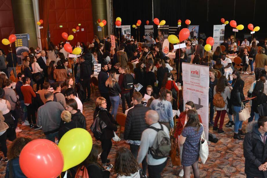 Près de 1000 jeunes sont venus à la rencontre des entreprises.