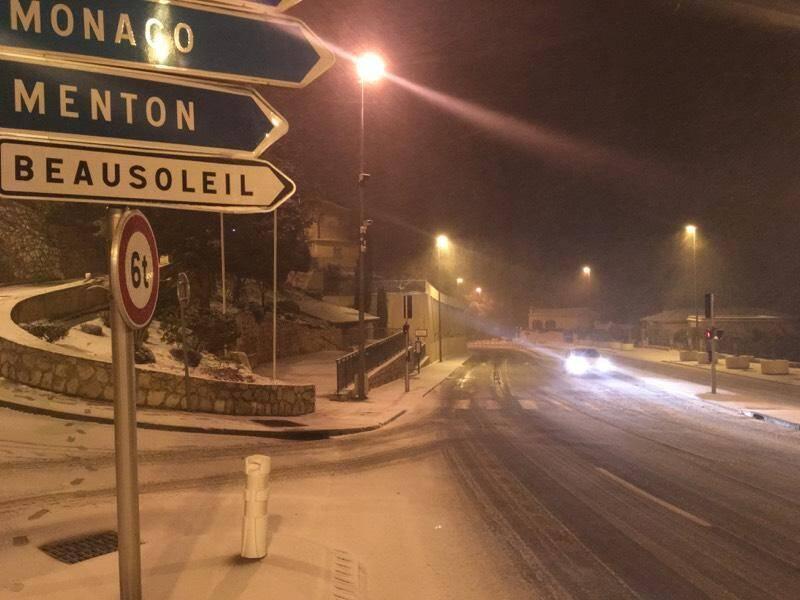 Les dernières heures de février se sont teintées de blanc sur la route de Monaco