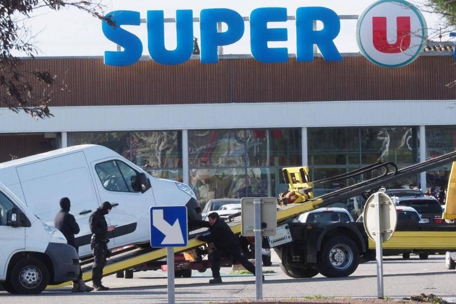 Le Super U où s'est déroulée l'attaque terroriste.
