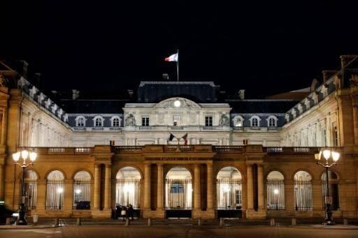 Une Algérienne s'est vu refuser la nationalité française après avoir refusé de serrer la main d'un représentant de l'Etat.