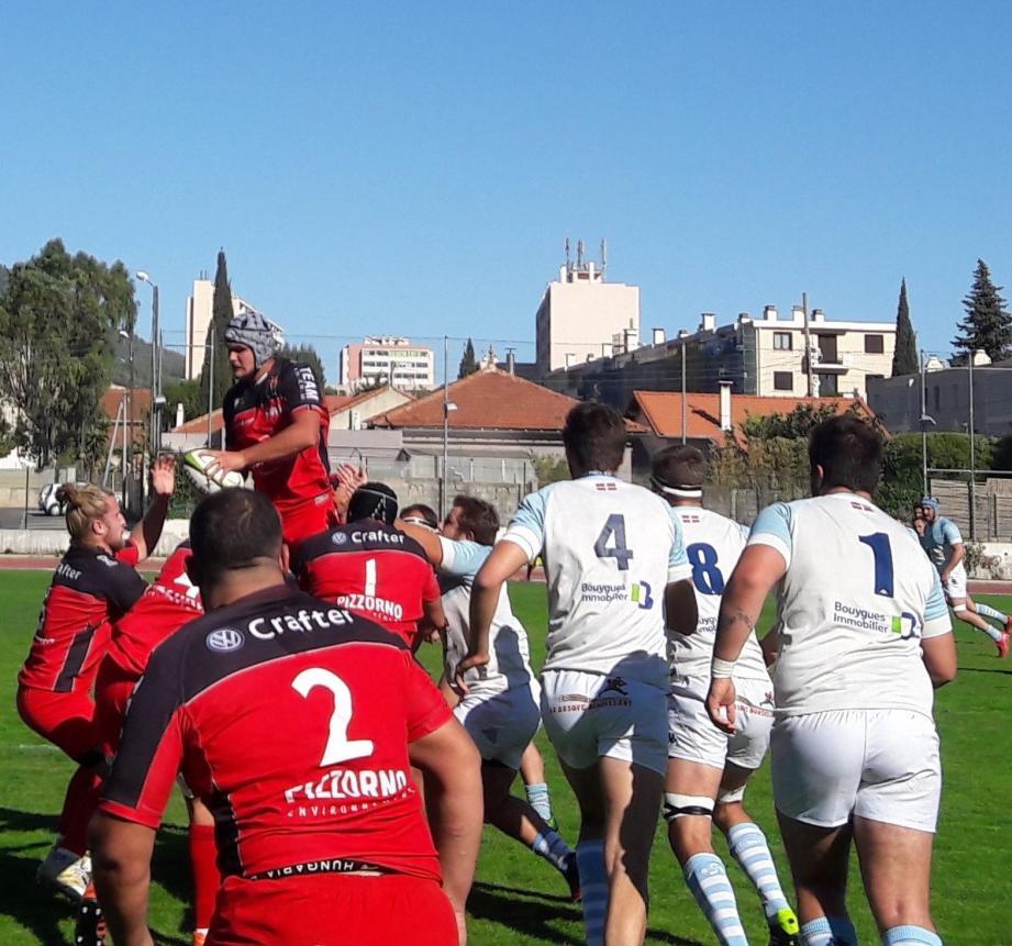 Les Toulonnais se sont détachés, contre le vent, en deuxième mi-temps devant les Perpignanais.