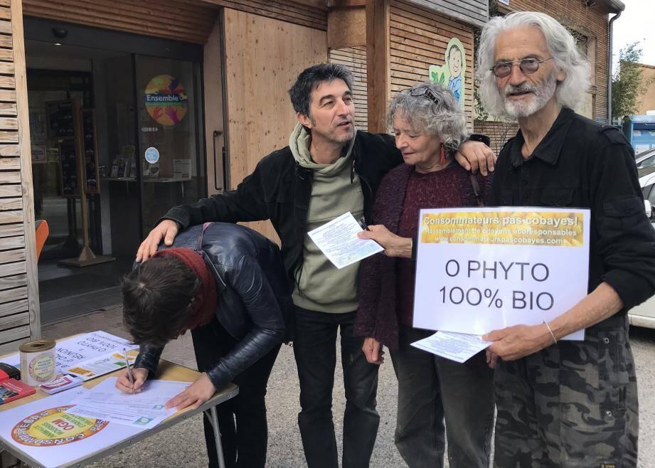 Signature de la pétition pour un département 100 % bio.