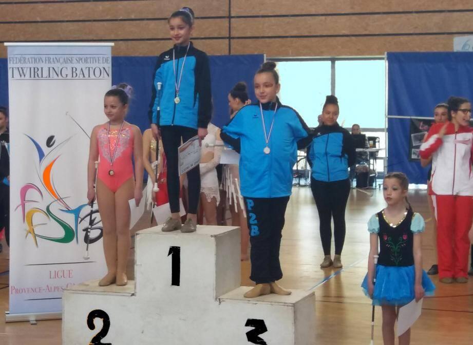 Les jeunes athlètes du Twirling-Club seynois s'habituent aux podiums.