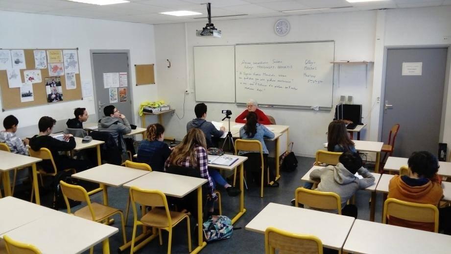 Durant la classe d'occitan-langue d'oc du collège Maurois, Solange Mongondry a évoqué (en mentounasc) la Seconde Guerre mondiale à Menton.(DR)