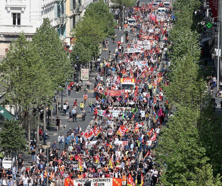 La manifestation a démarré, hier matin, de la gare Thiers pour s'achever place Garibaldi.