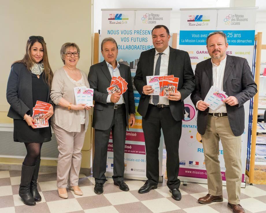Najoua Hurcet, directrice du CCAS, Solanger Bernard, adjointe aux Affaires sociales, Patrick Césari, Zied Essid et Benoît Charon.