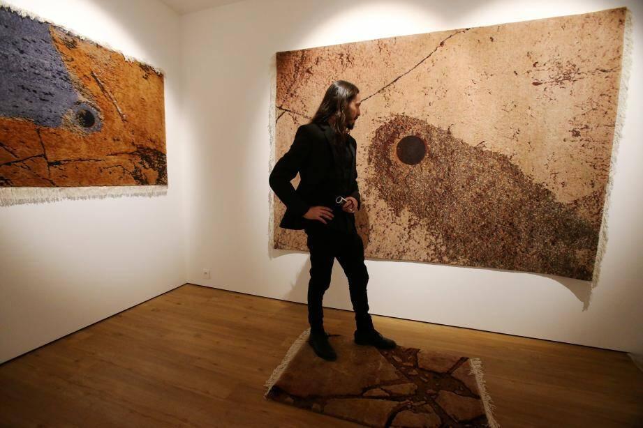 Chez NM>Contemporary, le travail de Leonardo Petrucci, qui propose de se rendre sur la planète Mars, mérite un détour.