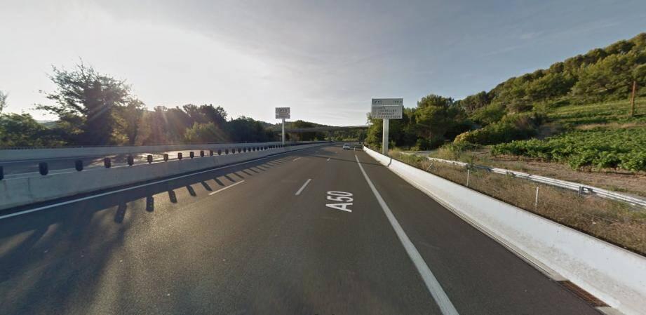Sur l'A50, à hauteur du Castellet.