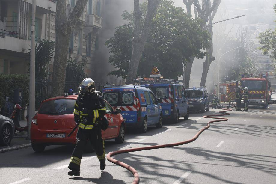 Police et pompiers sont sur place.